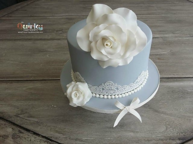Vintage Grey and Cream cake