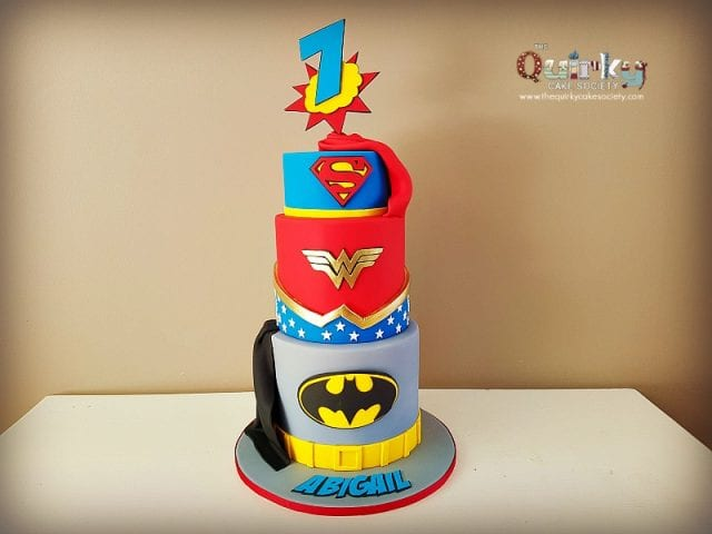 Wonder Woman Super Hero Cake