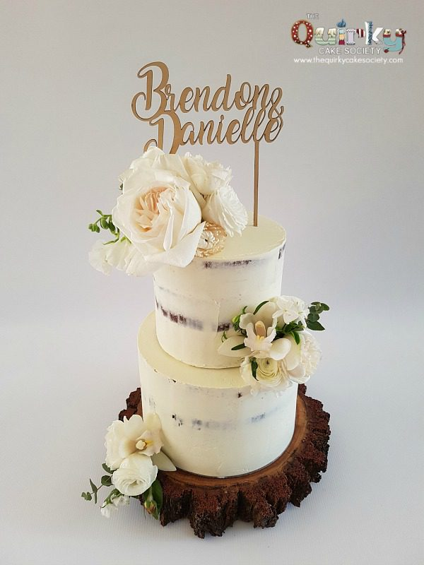 White On White Rustic Cake The Quirky Cake Society