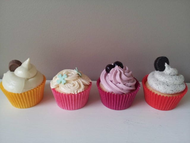 Cupcakes with Cream Cheese Frostings