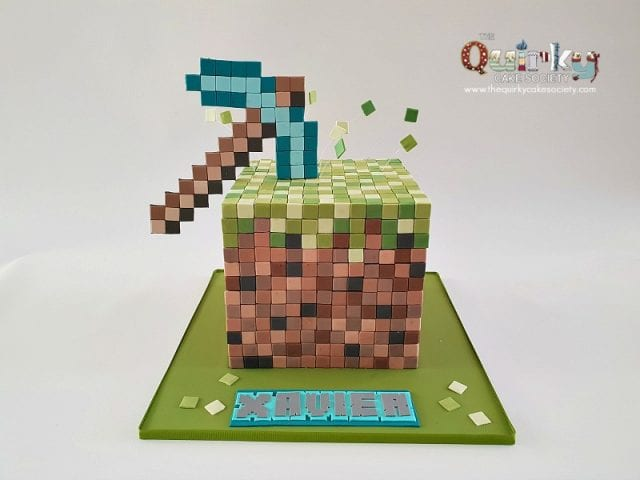 Minecraft Grass box and Pickaxe Cake
