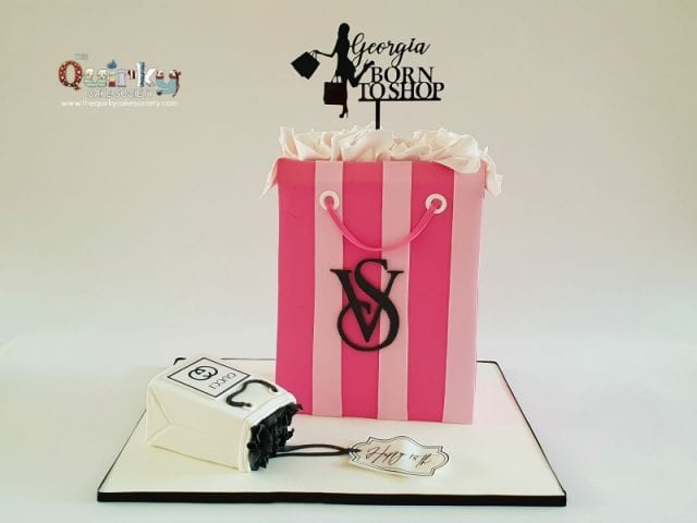 Victoria Sectret Shopping bag Cake