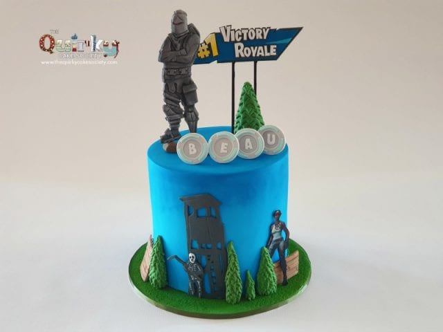 Black Knight Fortnite cake